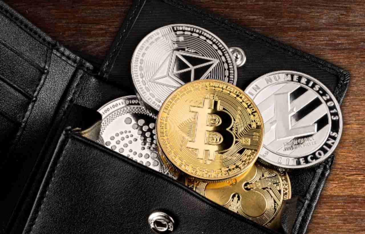 bitcoin, criptovaluta, portfoglio