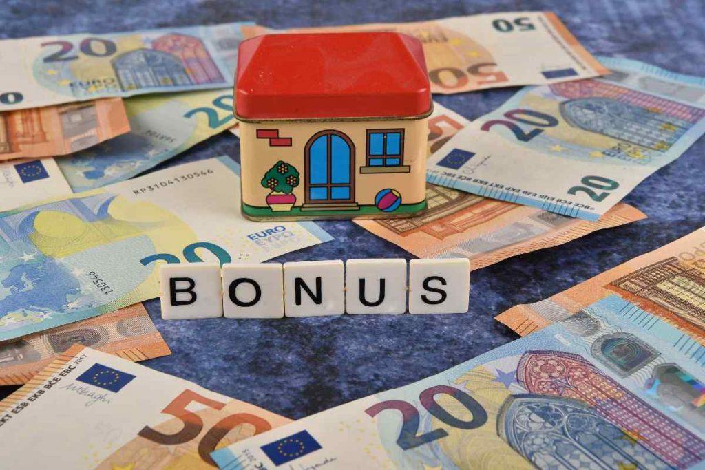 Bonus 2021 (Adobe Stock)