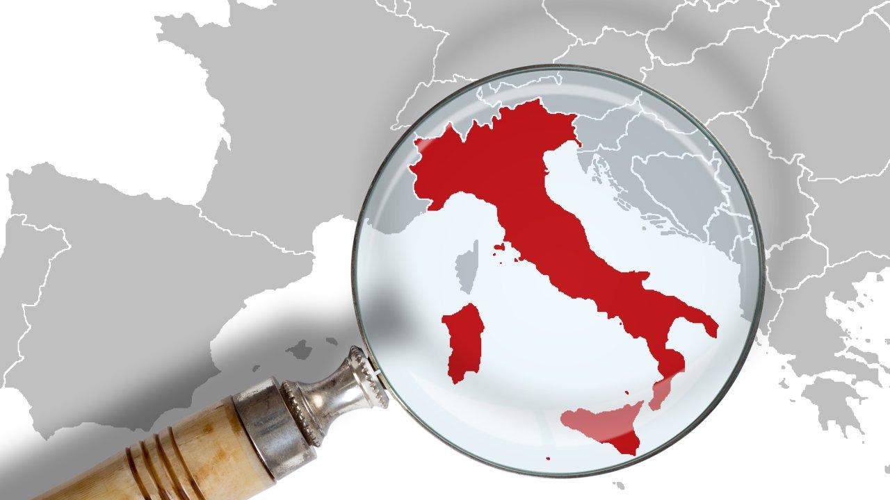 lente ingrandimento Italia